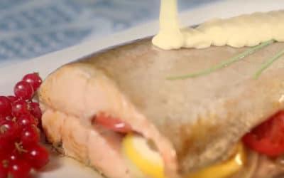 Сьомгова пъстърва със зеленчуци и сос Медена горчица